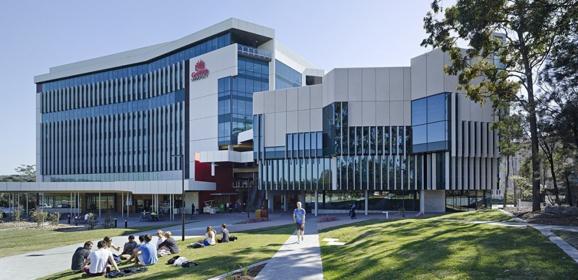 study in australia with scholarship
