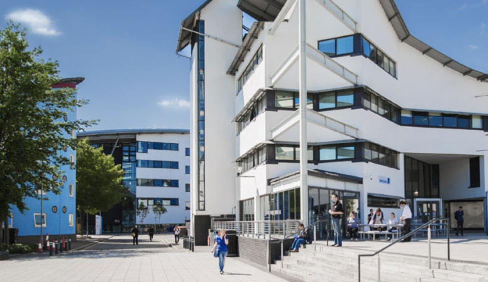 study in UK scholarship for international students